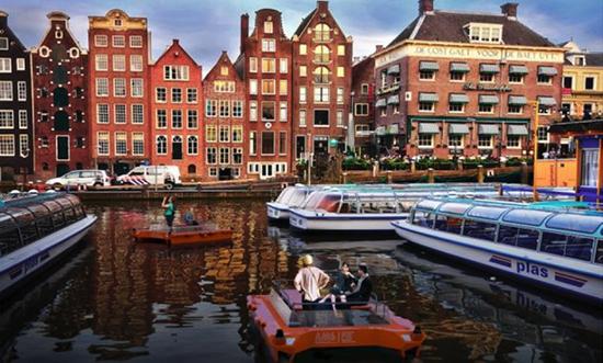 bateaux autonomes à Amsterdam